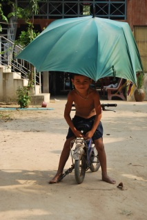 El calor también exige paraguas.