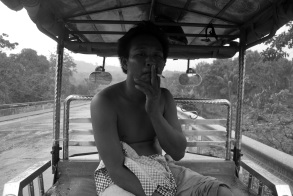 El conductor del Tuc-tuc. Nos hicimos buenos amigos durante el tormentón tropical que nos paralizó una hora.
