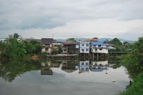 Chantaburi es una pequeña ciudad al sur de Tailandia, nada turística, y con estampas como esta.